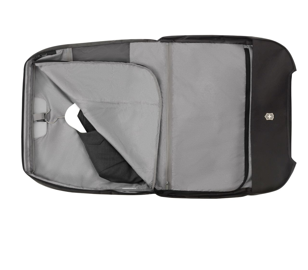 Victorinox Werks Traveler 6 0 Garment Sleeve In Black 605581