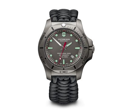 Victorinox Diving Watches ++ explore online ++ e2ea2625f